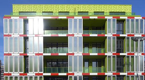 Immeuble à Hambourg en Allemagne munie d'un système de façade avec la technologie de photobioréacteur. [Figure 3]